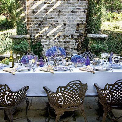 An Elegant Summer Dinner Creative Table Setting